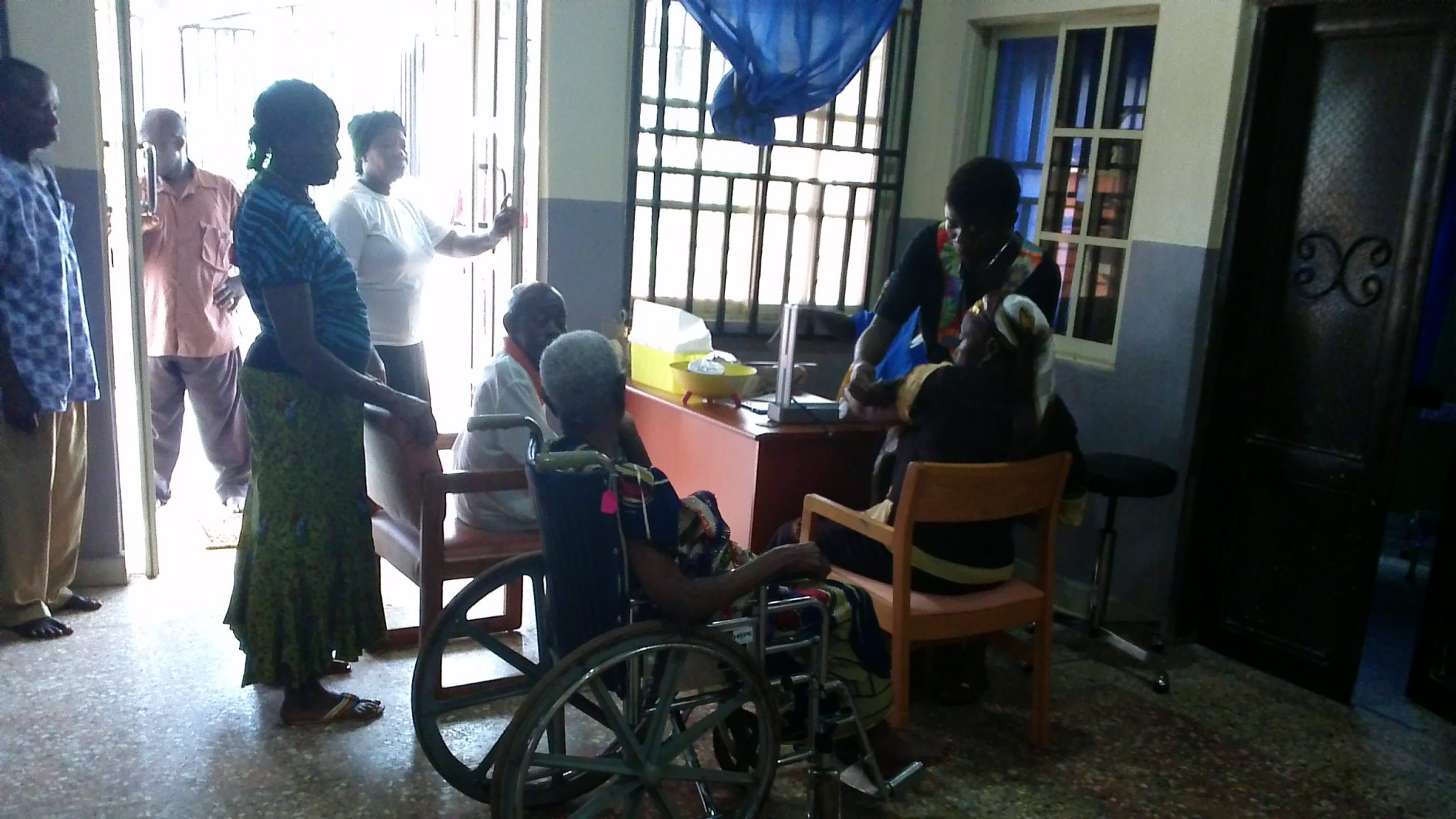 Therapeutic activities (physiotherapy) at the adult day centre